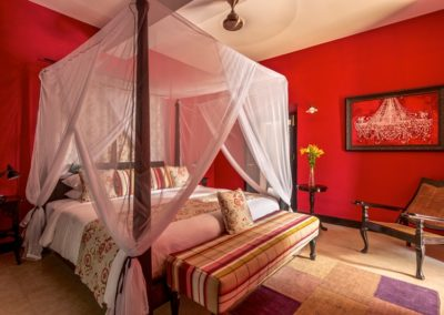 15. NWS GOA BOUTIQUE SHOT FORT TIRACOL